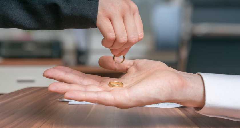 Расторжение брака через ЗАГС — что нужно для развода?